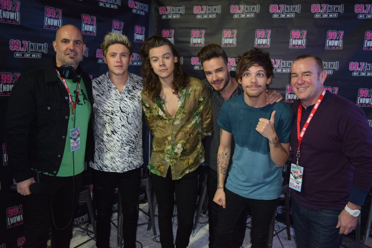 HOLYYY!!!! We just interviewed @onedirection backstage at #997TripleHoShow and we're freaking out!!! #Directioners