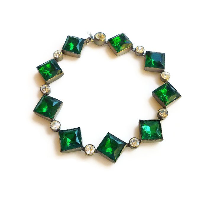 Art Deco Czech Emerald Green Rhinestone Silver Bracelet https://t.co/vC1tQO11jN #teamlove #gotvintage #vogueteam https://t.co/yAlfPdq5bE