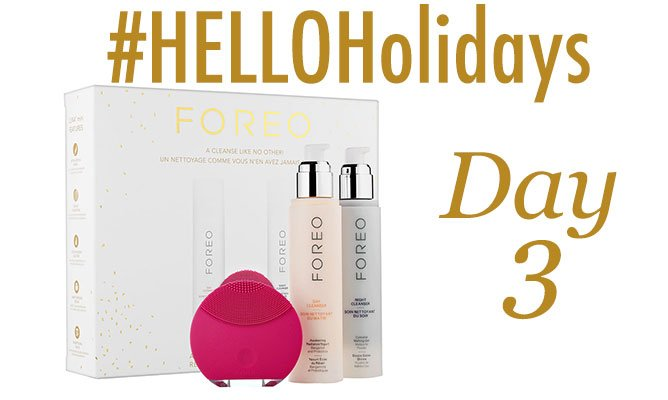 Today's #HelloHolidays prize is this Foreo gift set! RT for a chance to win! GOOD LUCK! https://t.co/2WU88Za7yt https://t.co/JT4CwfgNQ1