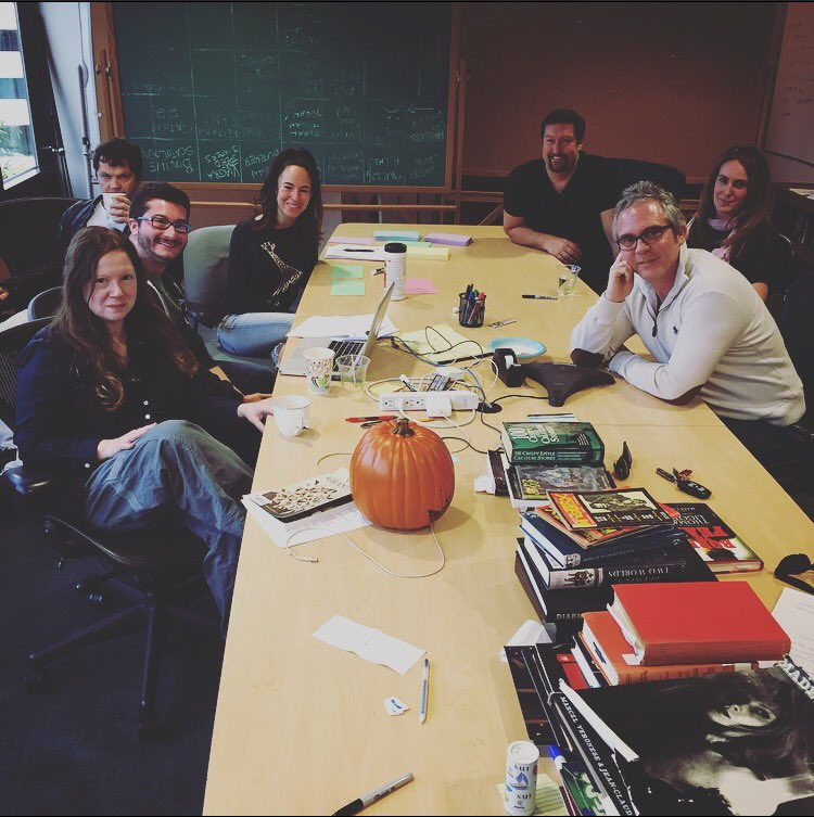 Quick coffee with @BrannonBraga & the amazing @SalemWGNA writers. So excited for season 3! https://t.co/vFervKijaU