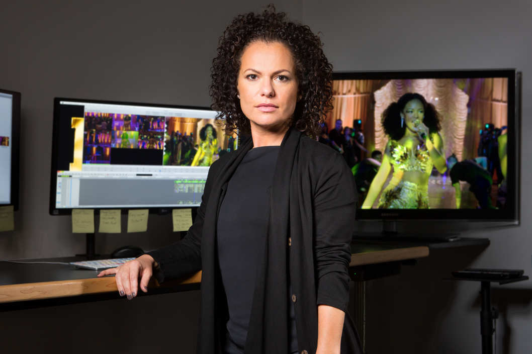 Bet you didn't know the musical conductor of #Empire is Sanaa Hamri. Get to know her:  https://t.co/ARuJkiIft1 https://t.co/JvbzZctILY