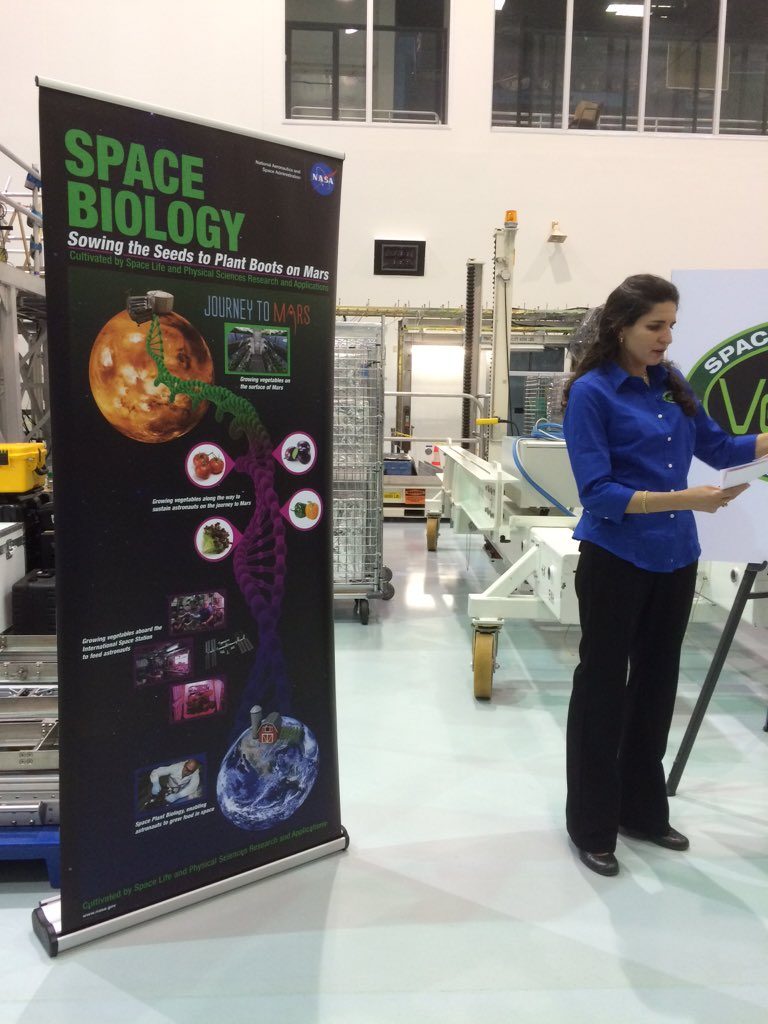 Learning about the flowers and veggies astronauts on the ISS are growing. #NASASocial #Veggie https://t.co/N2ZfW26MdH