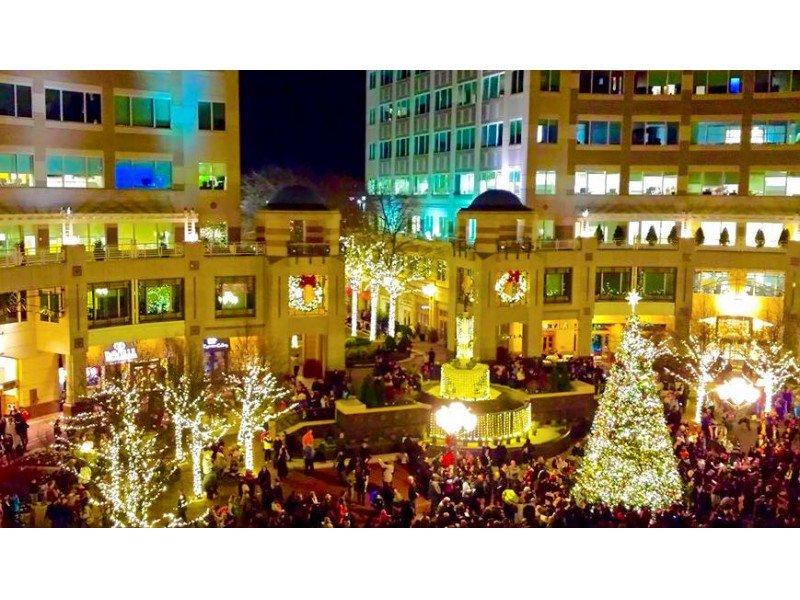 Reston Town Center December Event Calendar https://t.co/jTJUpiQmG7 https://t.co/FS3SQ1ozMu