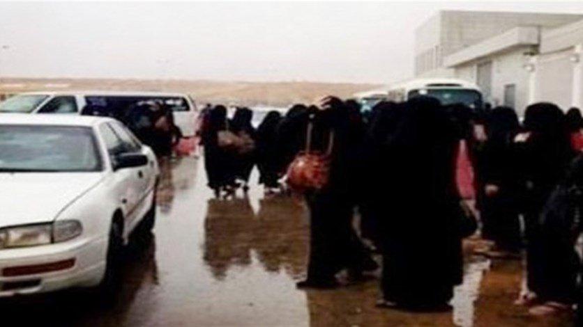 إخلاء مدرسة للبنات في #السعودية للاشتباه بوجود رجل https://t.co/ioo460Xn21 https://t.co/bcMLjPKpLa