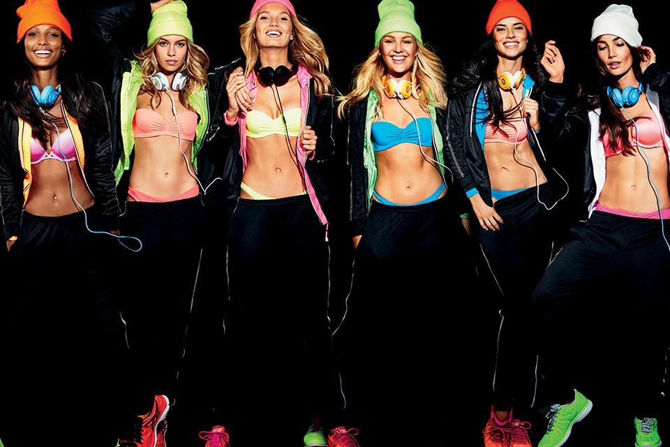 Crazy, Sexy, Cool: The Angels reveal their social media secrets via @glamourmag!   https://t.co/asRVhMMRKC https://t.co/dUtv0O8K2S