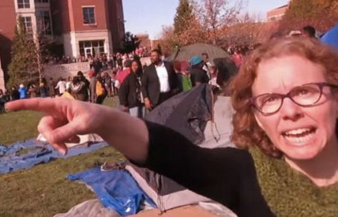 where's this lady from @Mizzou when we need her? #SanBernadino https://t.co/4yVhUUV8W9