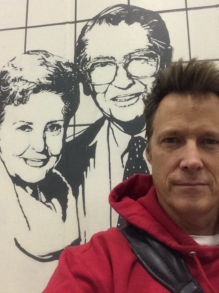 In a good place with old friends. #Days50 https://t.co/DbwQUCV9mC