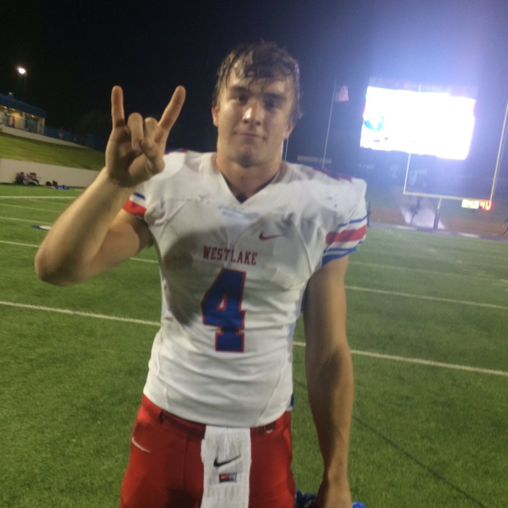 Don't worry Longhorn fans!! Sam Ehlinger loves Texas! He's coming to rock the house soon! He got a huge win tonight! https://t.co/sHi8QzHDyU