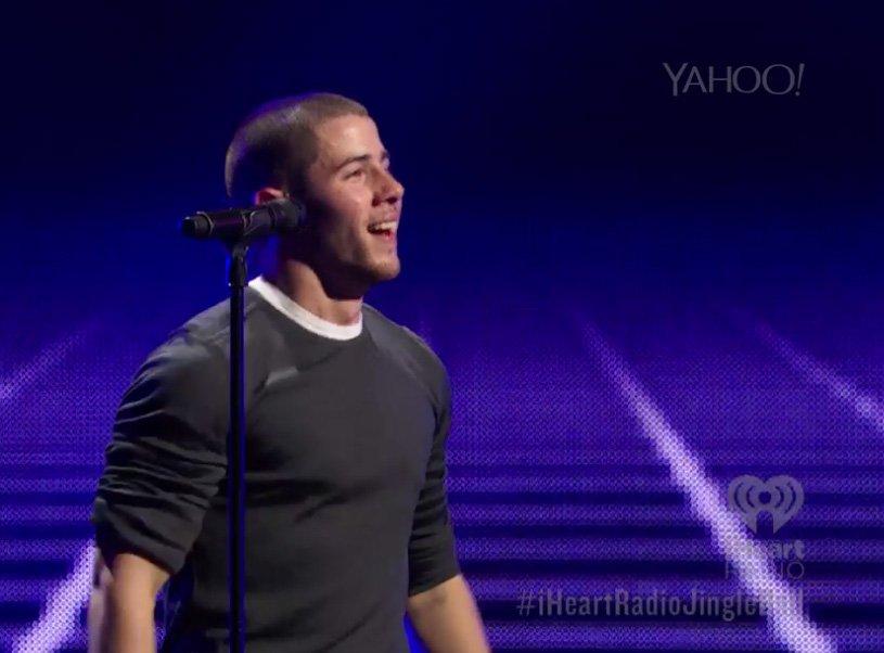 The talented Jonas family continues to entertain at #iHeartRadioJingleBall tonight.  Catch @nickjonas @YahooMusic! https://t.co/hh5JMoUw2P