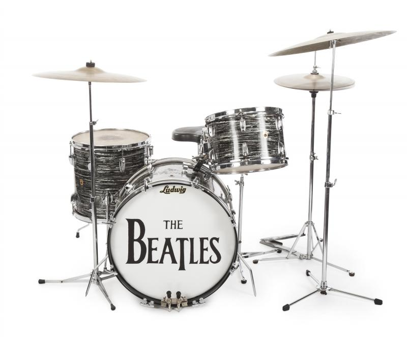 JUST SOLD for $2,110,000! #RingoStarr's #1 Ludwig Drum Kit! https://t.co/Bk6k5Yr9jg #TheBeatles #Auction #Historic https://t.co/7x3Y30NxEm