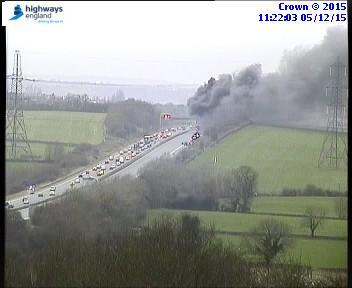 #M4, traffic stopped both ways J18-J19 due to a vehicle fire. Emergency services en-route, keep hard shoulder clear. https://t.co/vYCSZAD4B5
