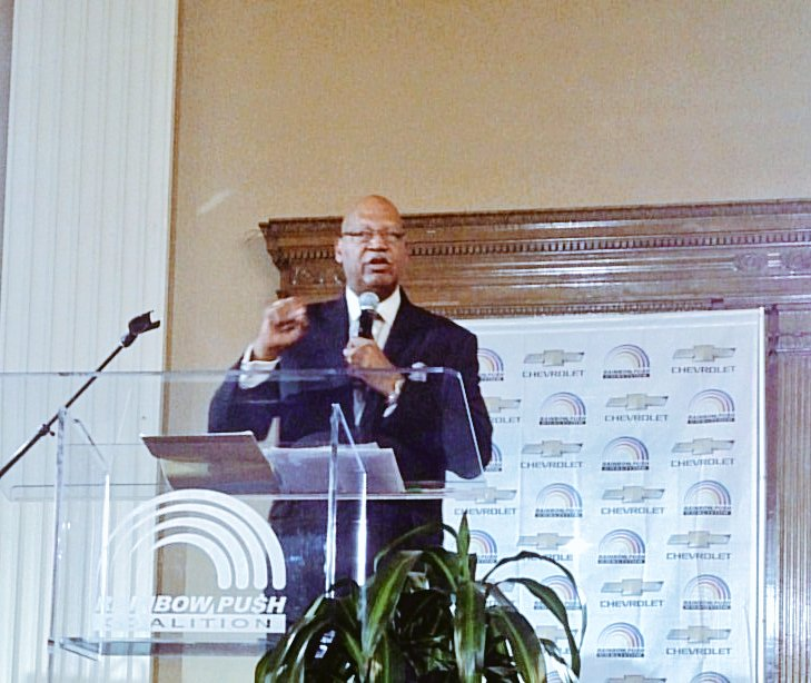 """if you have a joint account, you are responsible too"" William Cheeks #FindNewRoads #PUSHMoneyMatters @ZondraHughes https://t.co/A69LMYphUj"