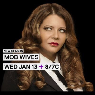can't believe #MobWives has wrapped up filming for Season 6! Now it's ready to rumble! RETWEET! If you're ready🙌🏼 https://t.co/ZOWXoAxZMC