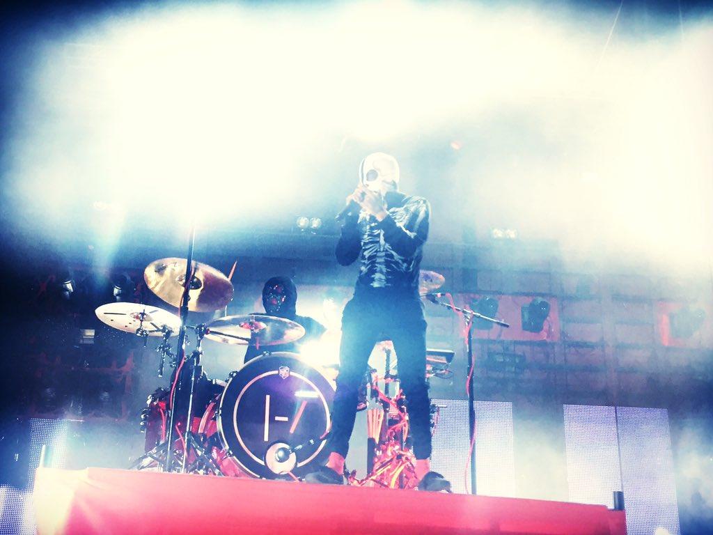 Dare I say it...SICK AS FRICK!!! @twentyonepilots on the main stage. #97XNBT https://t.co/ULyEEq6Rnh