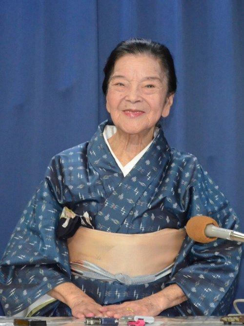 平良とみさん死去 87歳 「ちゅらさん」おばぁ役 https://t.co/oWTsNRp6vJ https://t.co/d5nRjjiPud