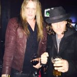 RT @kevinchown: Ran into a familiar face at the #Shuggieotis show. Great to see my brotha! @sebastianbach @kevinchown https://t.co/nahZyI7P…