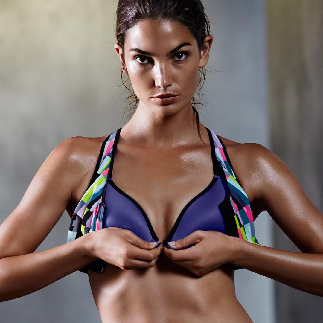 RT @VSSportOfficial: Get a $35 sport bra & more, TONIGHT in select stores! https://t.co/uUdZmej9Eq https://t.co/okAm2VB45X
