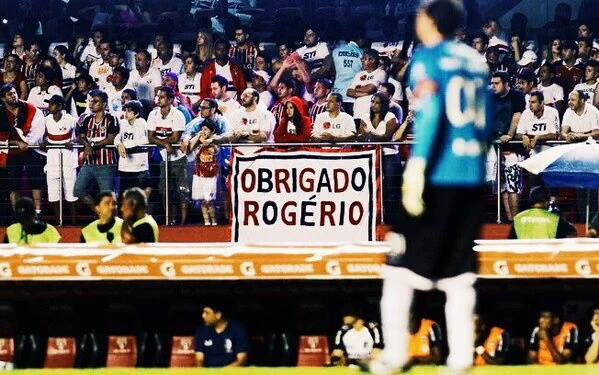 São Paulo's legendary goalkeeper Rogério Ceni retired today.  He scored 131 goals in 1,237 games. #ObrigadoRogerio https://t.co/oPUoMrFaVG