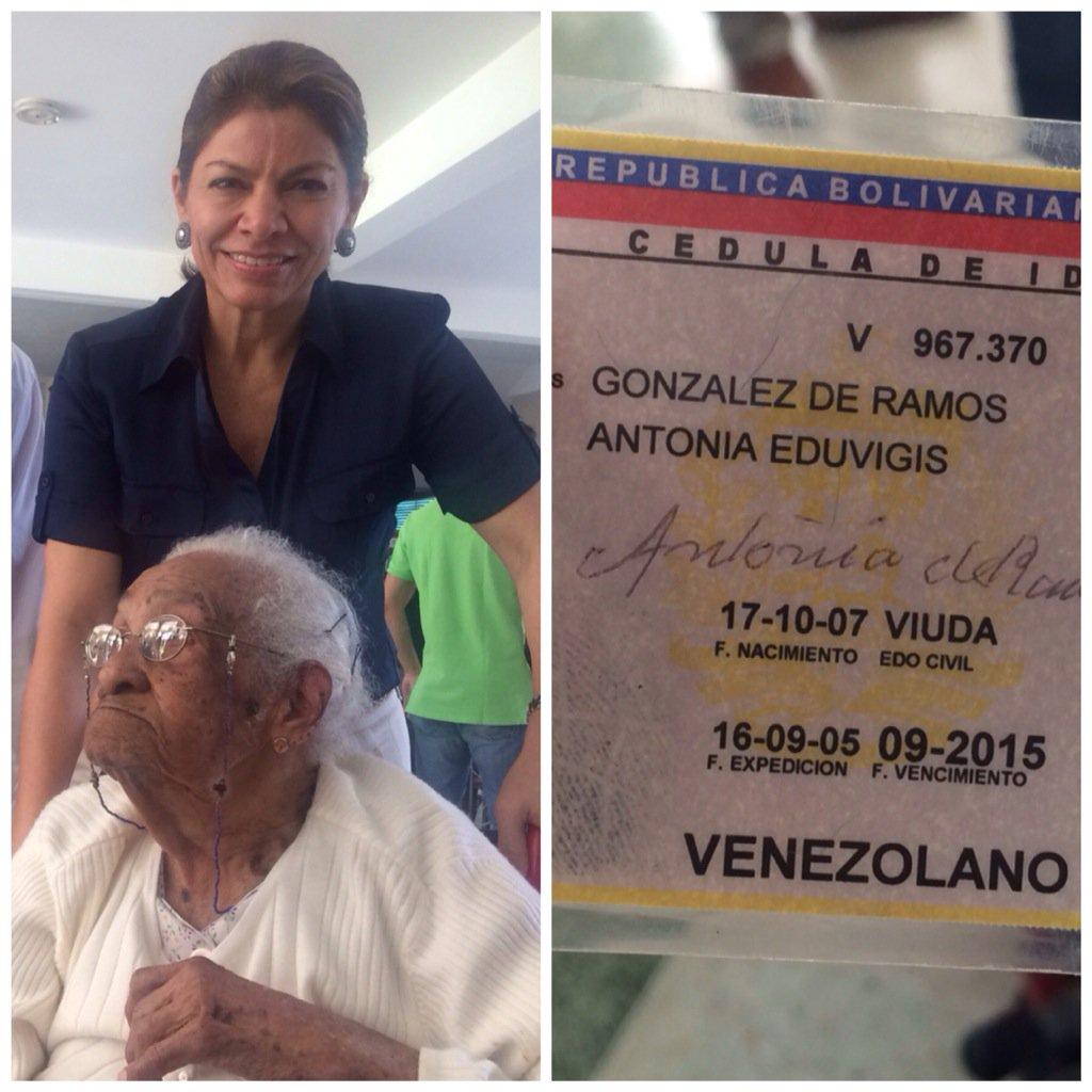 Si doña Antonia de 107 años fue a votar, Ud. también lo puede hacer. #Venezuela #6D https://t.co/hPNJatqOxM