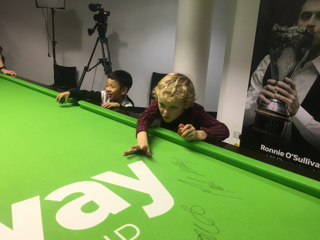 Their sons are playing each other too. @nr147  v Wenbo https://t.co/oo6XEJw539