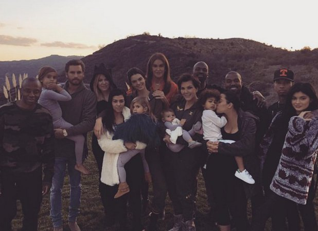 Why was Rob missing from the Kardashians' Thanksgiving photo?! Kris Jenner explains