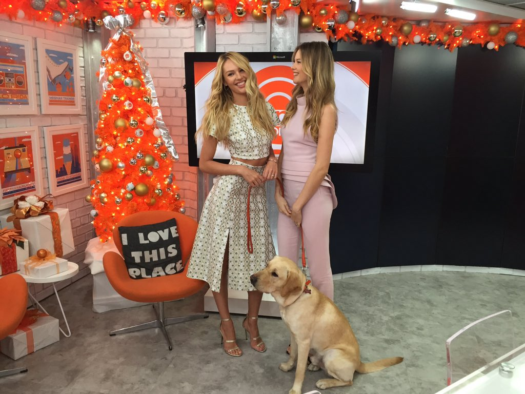 RT @TODAYshow: .@WranglerTODAY is having fun with @BeePrinsloo & @angelcandice! https://t.co/0R7Fo37o9k