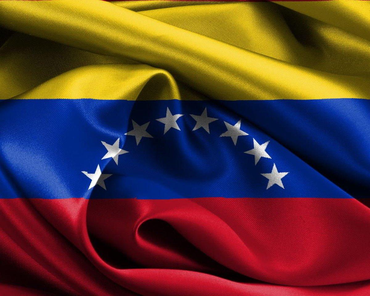 FELICIDADES VENEZUELA!!!POR EL CAMBIO QUE MERECE UN PUEBLO VALIENTE Y DIGNO... https://t.co/JWHuV8SeRG