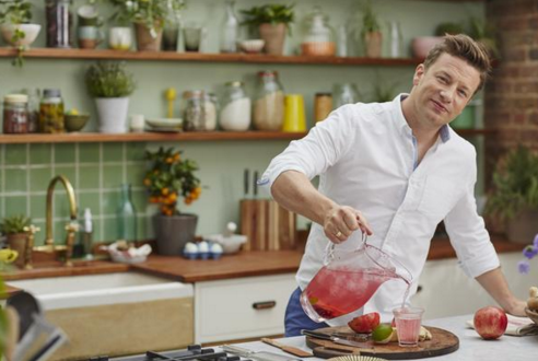 RT @Withings: Celeb chef, health advocate & a Withings fan! We were delighted to sit down w/ @jamieoliver https://t.co/1VGuFVeRIz https://t…