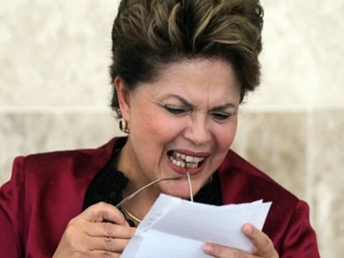"""....Senhora Presidente, """"Verba volant, scripta manent.  Verba volantê, volant...scripe, scripta..mane...manente... https://t.co/lm4JeJO7HA"""