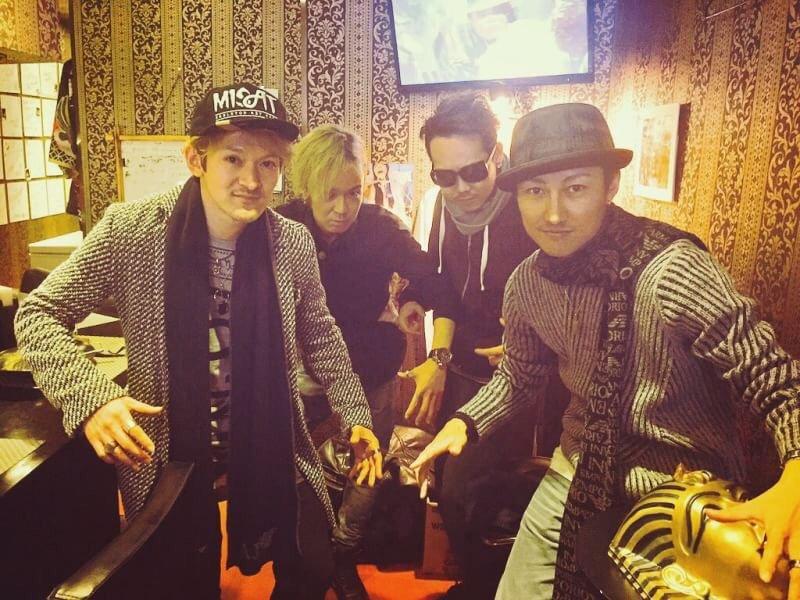 #エジプトカレー にヒルティ&ボッシュのお2人ご来店:) 大阪からしばらく東京に居るそうです:D 仙人と一緒に混ざってLock  #Hilty&Bosch #黄帝心仙人 #SHO→1 https://t.co/5UjE1EkX9t
