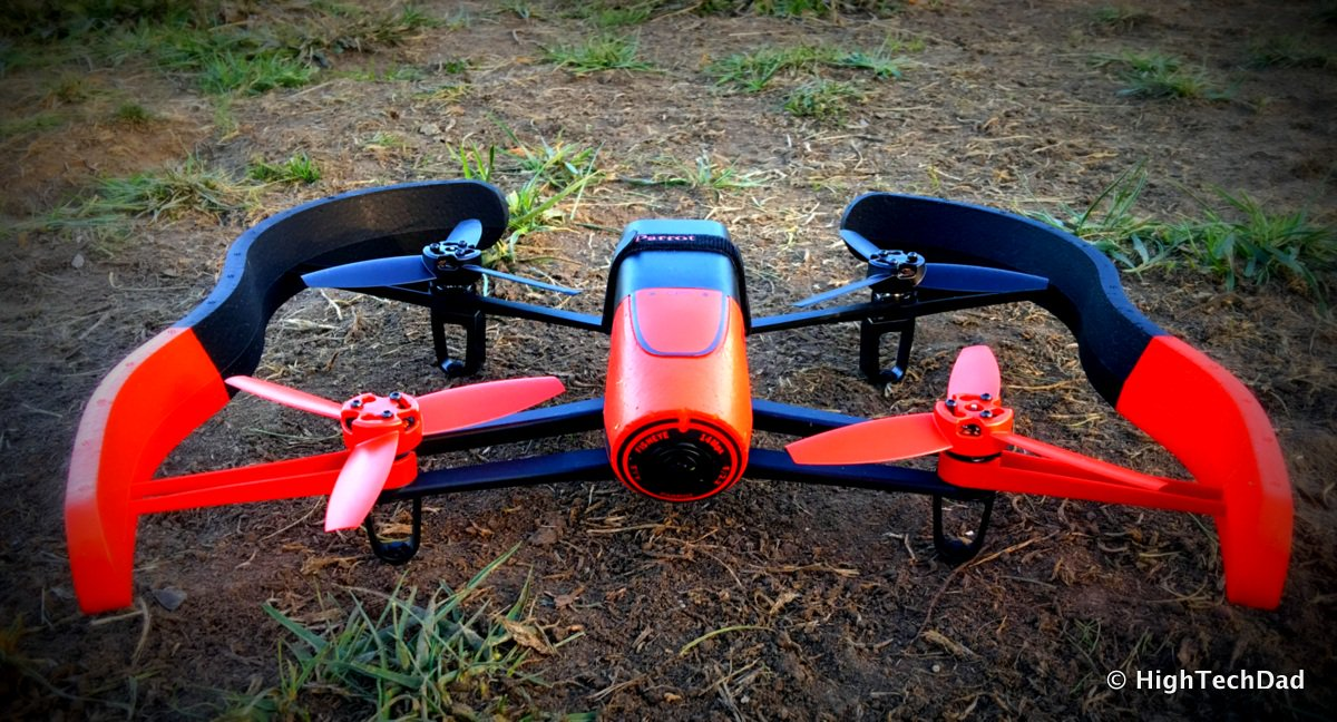 Interested in #drones? Review of @parrot #Bebop & #MiniDrone for #safe parent/child flights! https://t.co/J0fZTp4OY7 https://t.co/KZyuzGva3J