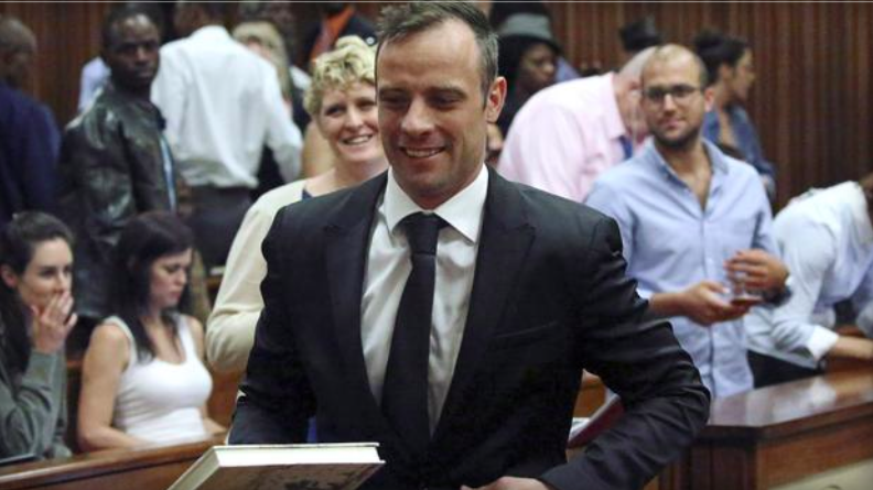 Oscar Pistorius to remain under house arrest pending sentencing for murder conviction
