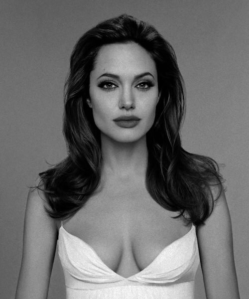 The world's GODDESS!! Mrs. Angelina Jolie-Pitt