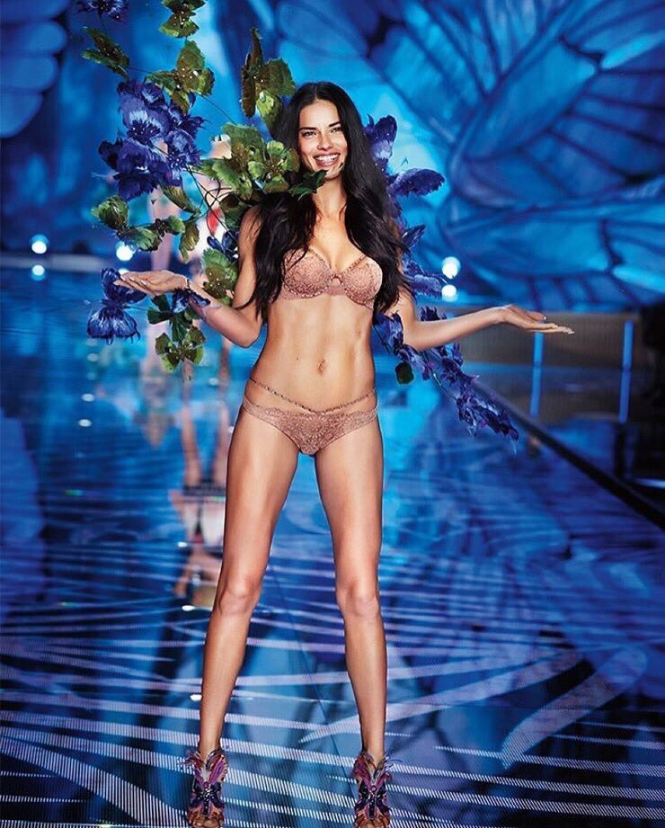 my bae, Adriana Lima! The queen of all VS Angels! 34 years old, a mom, & slaying the runway!