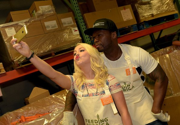 Bring HOPE for the holidays 50 x @FeedingAmerica support its a movement https://t.co/kM0i1IqMYH https://t.co/cNe709pg0A