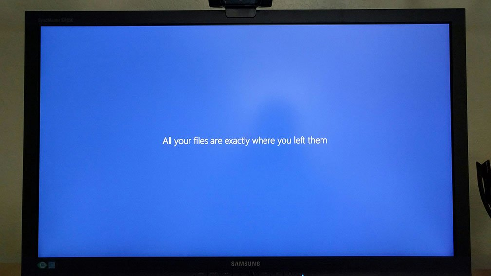 Just updated Windows, and it said this. Doesn't inspire confidence. I mean... why *wouldn't* they be? https://t.co/WAWOxRHcOa