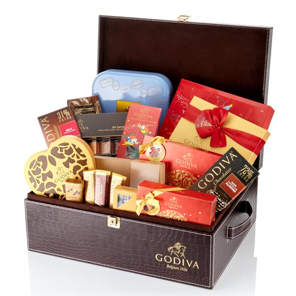 #WIN a supreme #Christmas hamper from @GodivaUK worth £250! | https://t.co/LX0oTNw7YY https://t.co/iDljqzPjuv