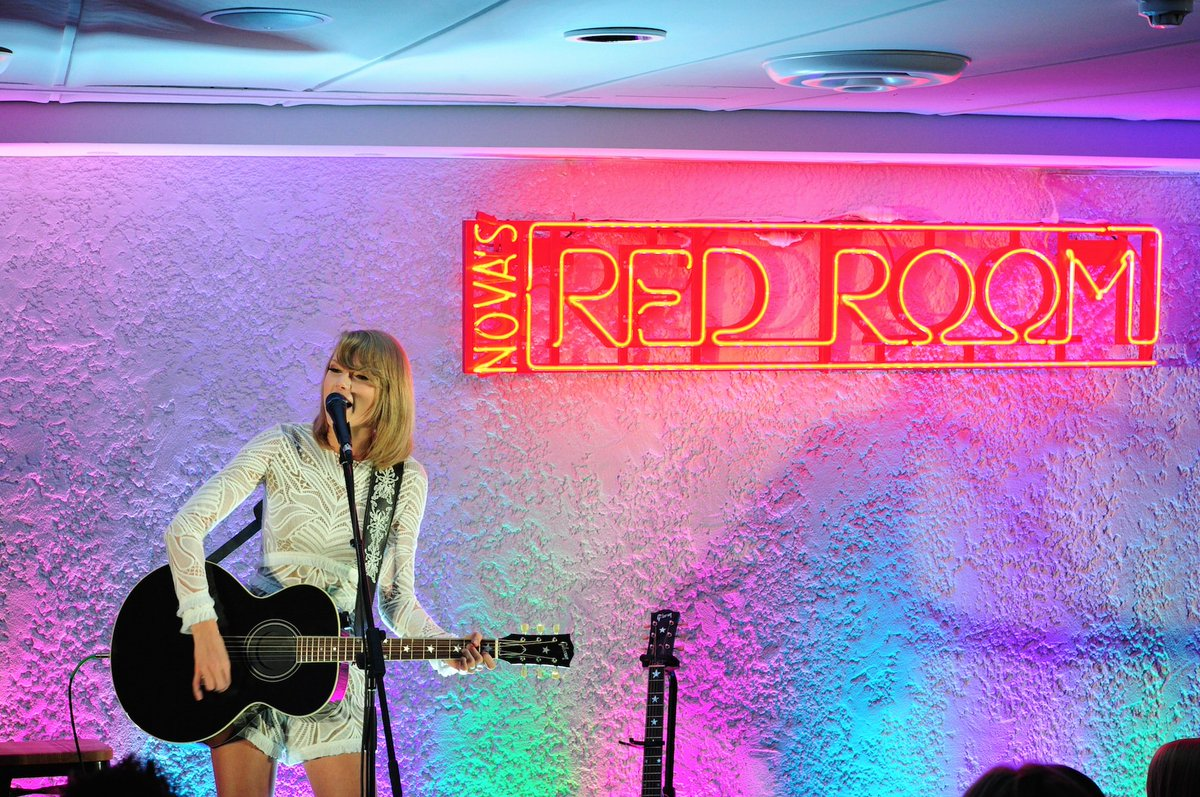 You waited so patiently...now see @taylorswift13 in #NovasRedRoom on @HamiltonIsland!