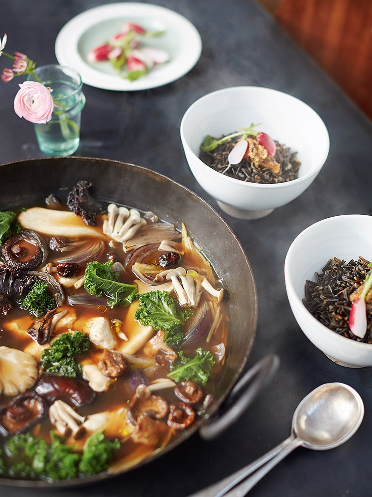 It's a #JamieSuperFood dish for today's #RecipeoftheDay! Try this super-tasty miso broth:  https://t.co/V0Ojj67dTp https://t.co/PV6JVrkpSO
