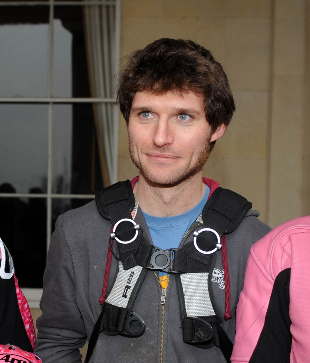 Happy to announce that famous lorry mechanic, road racer & TV presenter Guy Martin will be joining us at #ASI16 https://t.co/1Tmi2OpydQ