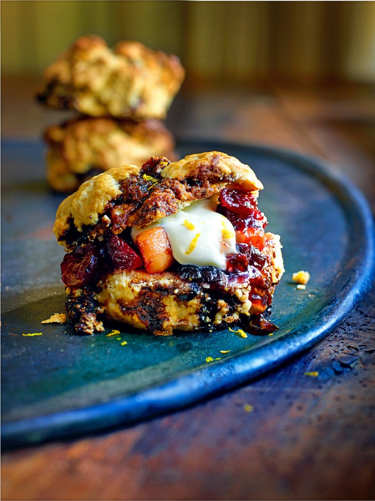 Use up your #Christmas pud with @JamieMagazine's fruity pudding scones: https://t.co/b7cgwcmfgb #recipeoftheday https://t.co/wHnm6I1Gbn