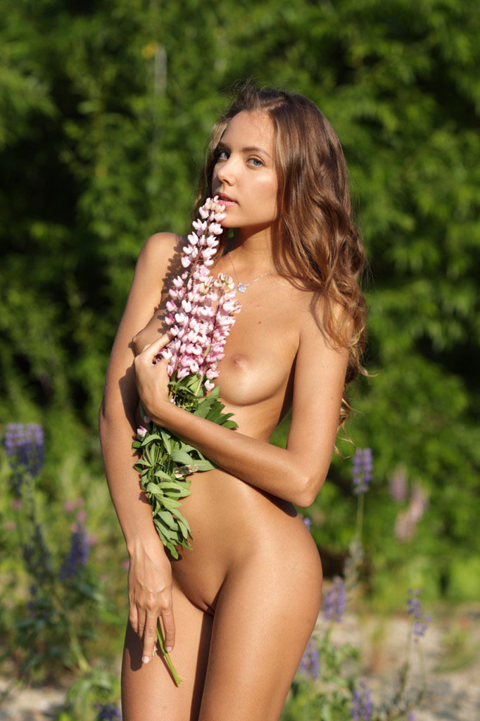 1 pic. Wish everybody to stay in a spring mood! Muah! ?? qQXtwL2ou4