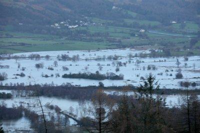 Climate change is making rainfall heavier. So let's put fracking blocks on floodplains? https://t.co/GgMlNNlU7J https://t.co/b2SGGp8l2S