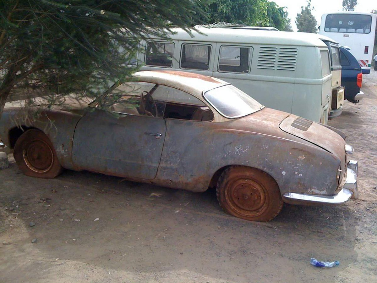 When I say that @DeejayADRIAN is a god in the car restoration scene in Kenya, this is what I mean. #61KarmannGhia https://t.co/3E8lqcGgtH