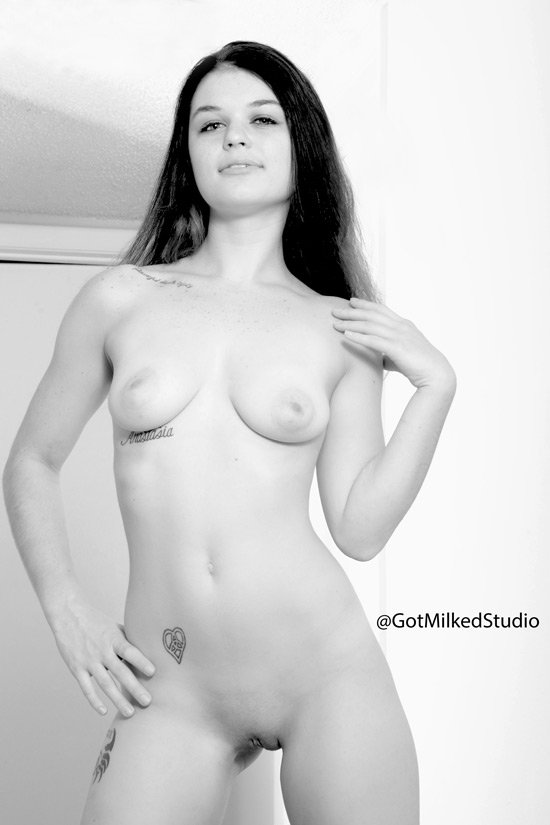 RT : Tuesday is what day for body parts ?? Alexia Gold
