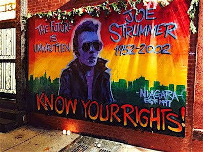 Candles for Joe Strummer https://t.co/HIfdLvnkt2 https://t.co/BkWMMOPIVz