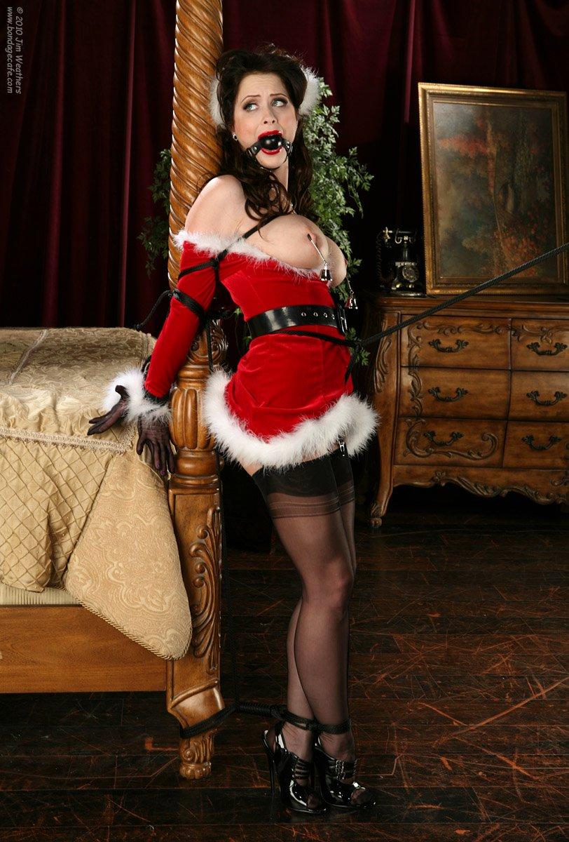 RT : Christmas #wcw is Photo #bondagecafe 0s5