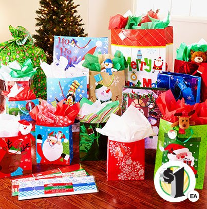 Retweet if you get your bags & wrap at Dollar Tree! https://t.co/KiTf3Ed1it https://t.co/ND1Blyoqu9
