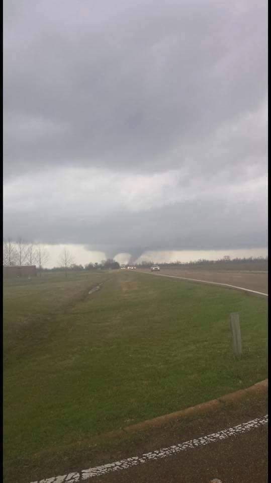 VIEWER PHOTO: Cortez says this was taken at Hwy 49 in Coahoma Co. #mswx https://t.co/ob7aAfrj7n