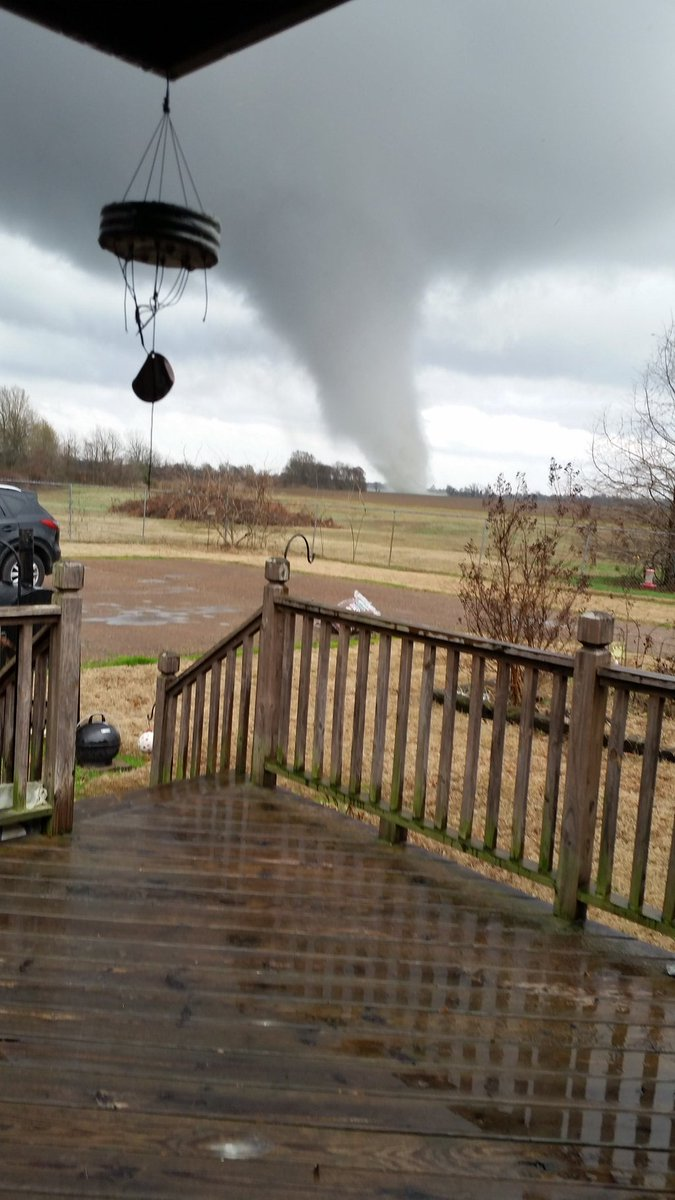 At Least Six Dead As Tornadoes And Storms Sweep Across Us